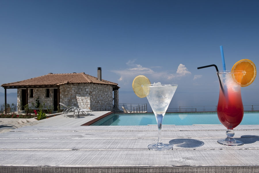 Pool Bar, Karavia Lux Inn: Pelion hotels rooms Afissos studios